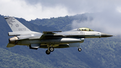 6670 - General Dynamics F-16AM Fighting Falcon - Taiwan - Air Force