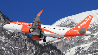 G-UZLB - Airbus A320-251N - easyJet