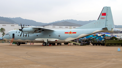 10057 - Shaanxi Y-9 - China - Air Force