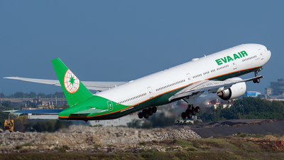 A picture of B16716 - Boeing 77735E(ER) - EVA Air - © ECHO