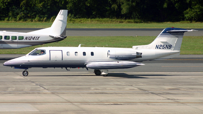 N25NB - Gates Learjet 25D - Private