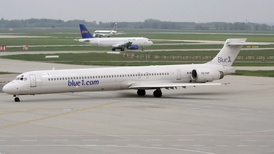 SE-DMF - McDonnell Douglas MD-90-30 - Blue1