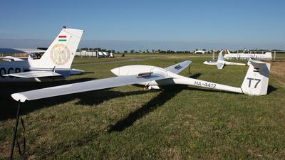 HA-4412 - Eiriavion PIK-20-D - Private