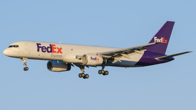 A picture of N977FD - Boeing 757236(SF) - FedEx - © Marcel A