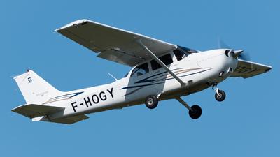 F-HOGY - Cessna 172S Skyhawk SP - Astonfly