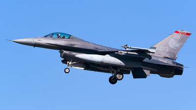 89-2073 - General Dynamics F-16CG Fighting Falcon - United States - US Air Force (USAF)