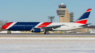 N225NE - Boeing 767-323(ER) - Private