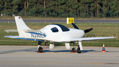 A picture of N390LY - Lancair Legacy - [L2K337] - © Łukasz Stawiarz