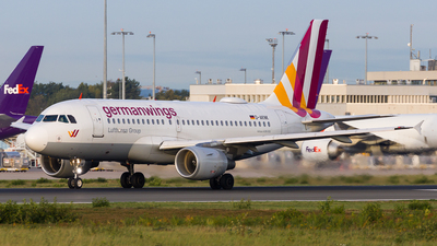 D-AKNK - Airbus A319-112 - Eurowings