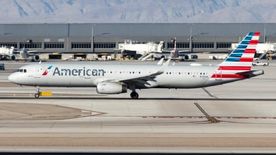 A picture of N140AN - Airbus A321231 - American Airlines - © David Lee