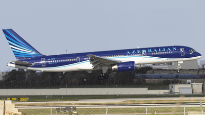 A picture of 4KAZ12 - Boeing 75722L - Azerbaijan Airlines - © Mark Paul Brockdorff