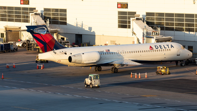 A picture of N939AT - Boeing 717231 - Delta Air Lines - © Alexandre Fazan