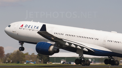 N815NW - Airbus A330-323 - Delta Air Lines