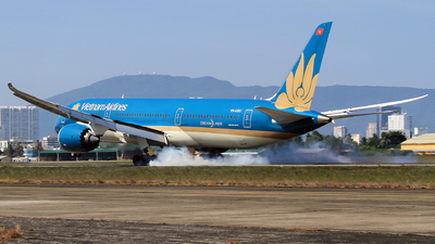 A picture of VNA861 - Boeing 7879 Dreamliner - Vietnam Airlines - © Duc Thinh