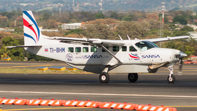 TI-BHM - Cessna 208B Grand Caravan EX - Sansa Regional