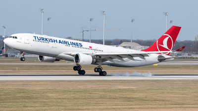 A picture of TCJND - Airbus A330203 - Turkish Airlines - © Chr.Schulenberg