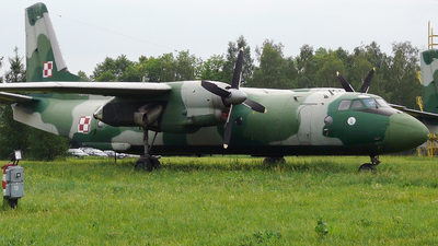1310 - Antonov An-26B - Poland - Air Force