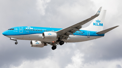 A picture of PHBGM - Boeing 7377K2 - KLM - © Robert Smith