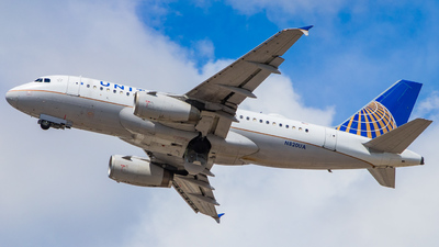 N820UA - Airbus A319-131 - United Airlines