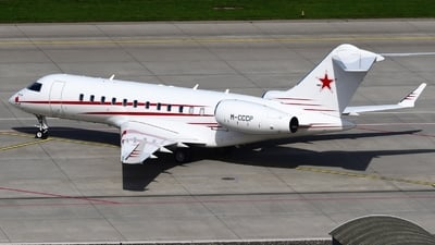 M-CCCP - Bombardier BD-700-1A11 Global 5000 - Private