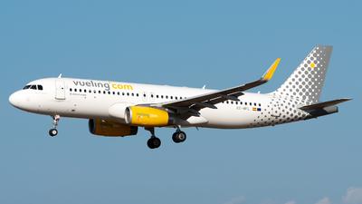A picture of ECMFL - Airbus A320232 - Vueling - © Medolago Manuel