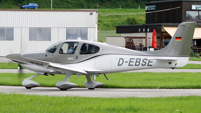 D-EBSE - Cirrus SR22T-GTS - Private