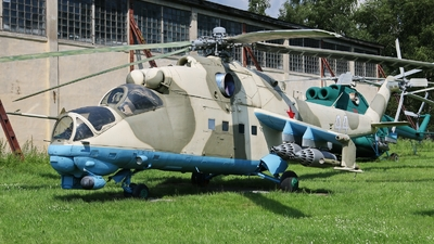 44 - Mil Mi-24 Hind - Russia - Army