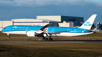 A picture of PHBHM - Boeing 7879 Dreamliner - KLM - © Derek MacPherson