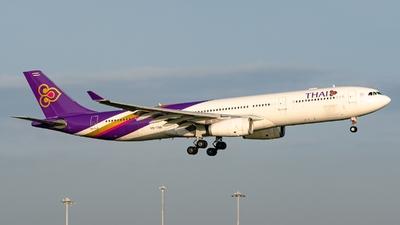 HS-TBB - Airbus A330-343 - Thai Airways International