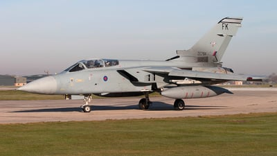 ZE764 - Panavia Tornado F.3 - United Kingdom - Royal Air Force (RAF)