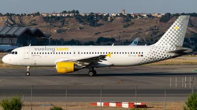 EC-KJD - Airbus A320-216 - Vueling