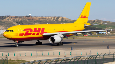 A picture of DAEAI - Airbus A300B4622R(F) - DHL - © Alejandro Gutierrez Martin