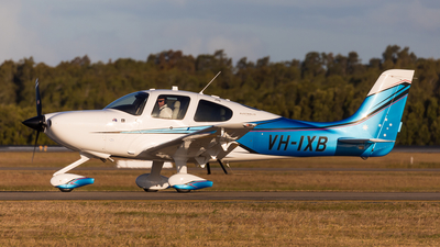VH-IXB - Cirrus SR22 - Cirrus Design Corporation