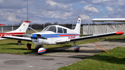D-EKWF - Piper PA-28-140 Cherokee E - Private