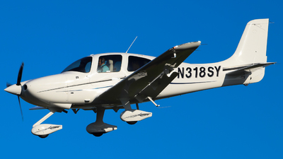 A picture of N318SY - Cirrus SR20 - [2456] - © George Lohmann