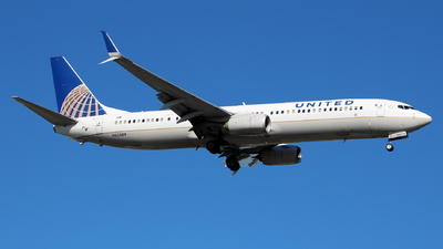 A picture of N62889 - Boeing 737924(ER) - United Airlines - © Andriy Yegorov