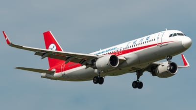 B-1883 - Airbus A320-214 - Sichuan Airlines