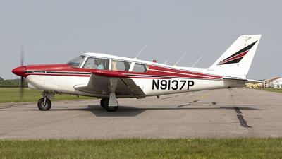 N9137P - Piper PA-24-260 Comanche B - Private