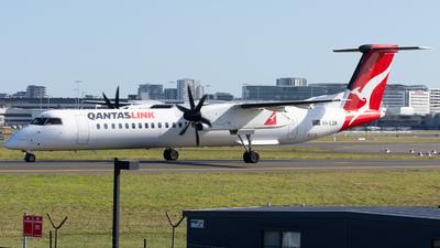 A picture of VHLQM - De Havilland Canada Dash 8400 - Qantas - © Henrys Aviation