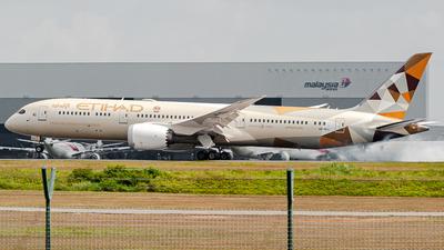 A picture of A6BLL - Boeing 7879 Dreamliner - Etihad Airways - © syafiqkuzairy
