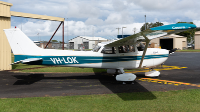 VH-LOK - Cessna 172S Skyhawk SP - Private