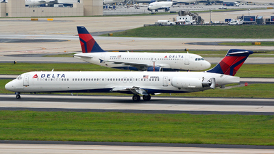 N953DL - McDonnell Douglas MD-88 - Delta Air Lines