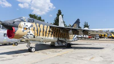 158825 - LTV A-7E Corsair II - Greece - Air Force