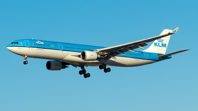A picture of PHAKD - Airbus A330303 - KLM - © Lorenzo P