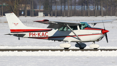 PH-KAC - Cessna 172M Skyhawk - Special Air Services