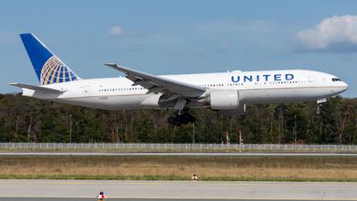 N226UA - Boeing 777-222(ER) - United Airlines