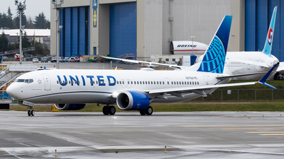 N27520 - Boeing 737-9 MAX - United Airlines