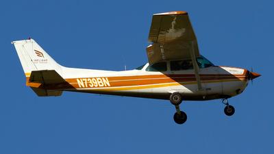 N739BN - Cessna 172N Skyhawk II - Inflight Pilot Training