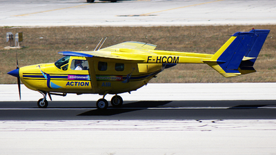 F-HCOM - Cessna 337D Super Skymaster - Action Communication SARL