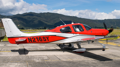 A picture of N216SY - Cirrus SR22T - [1280] - © Andres Ochoa